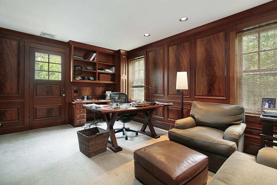 Интерьер комнаты из массива дерева